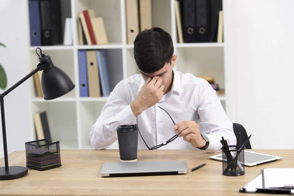 Cuando los empresarios temen delegar, las decisiones no fluyen...