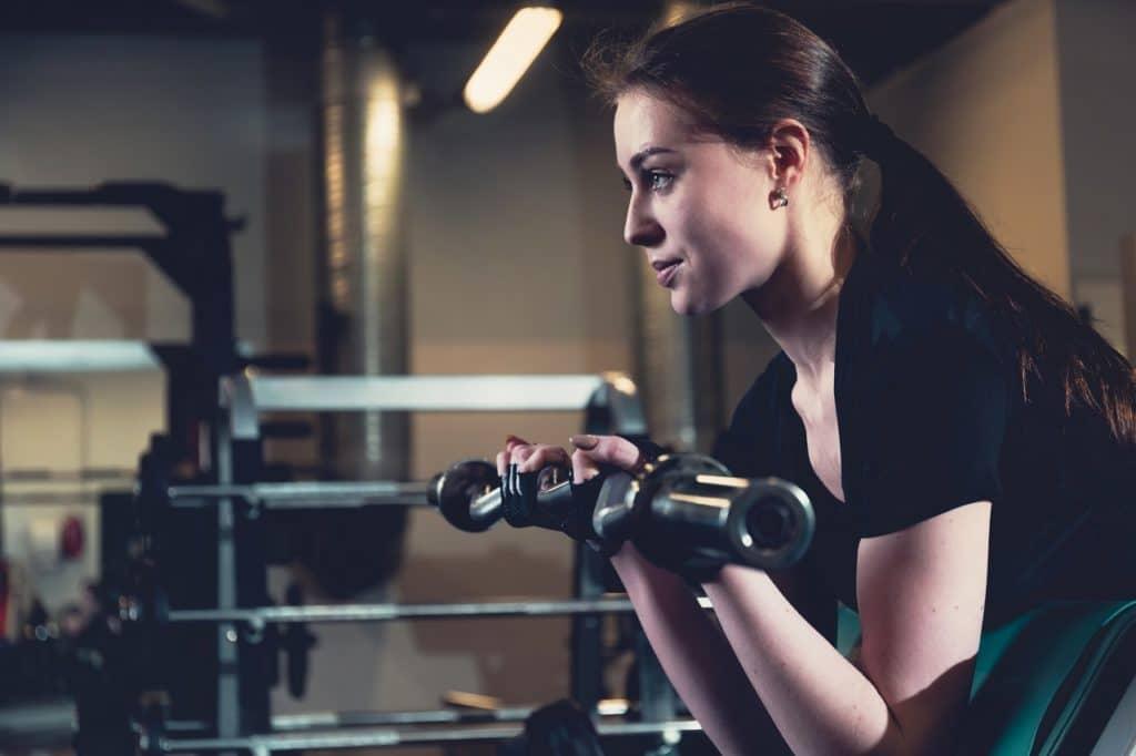 Así como ejercitamos los músculos, debemos ejercitar nuestras neuronas -aprendizaje- para desarrollar competencias.